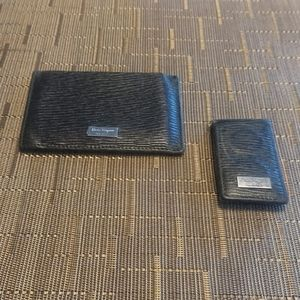SALVATORE FERRAGAMO textured leather card holder